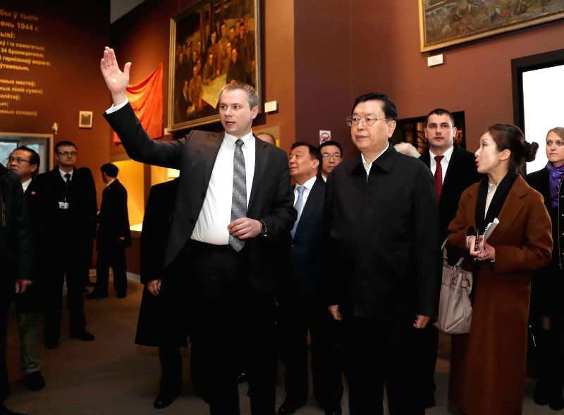 MINSK, April 19, 2017 - Zhang Dejiang, chairman of the Standing Committee of China's National People's Congress (NPC), visits the Belarusian State Museum of the Great Patriotic War in Minsk, Belarus, ...