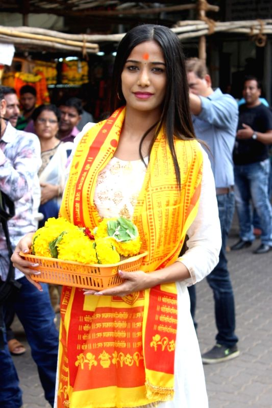 Model and actress Poonam Pandey visits Siddhivinayak temple to offer prayers, in Mumbai on May 19, 2017. - Poonam Pandey