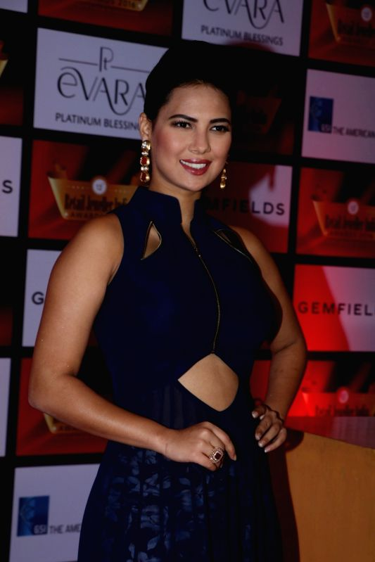 Model Rochelle Rao during the 12th Gemfields Retail Jeweller India Awards 2016, in Mumbai, on August 6, 2016. - Rochelle Rao
