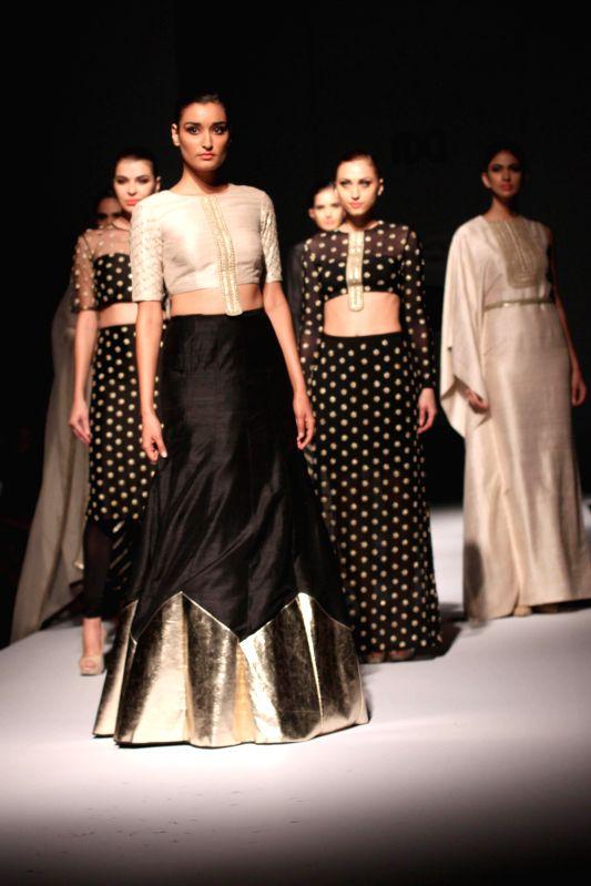 Wills Lifestyle India Fashion Week Summer Spring 2015 Payal Singhal