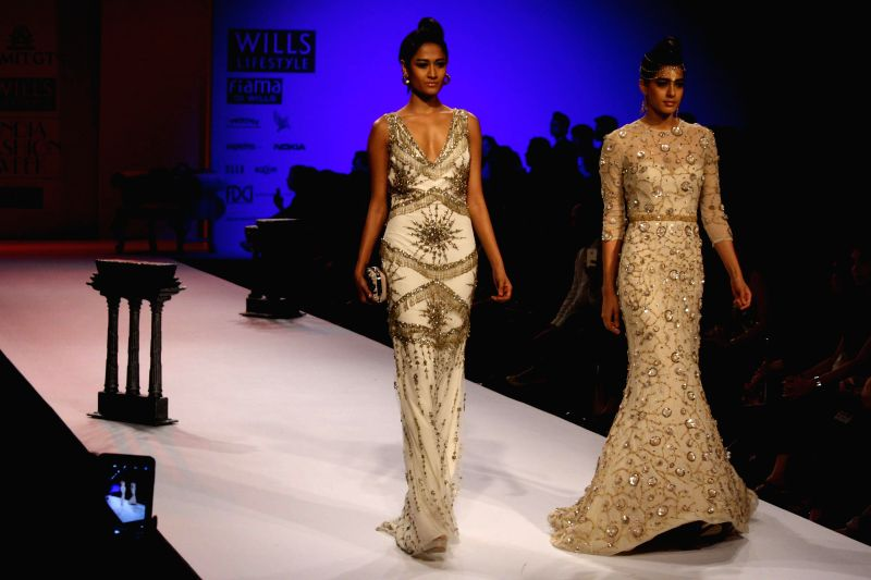 Wills Lifestyle India Fashion Week Autumn Winter 39 14 Amit Gt