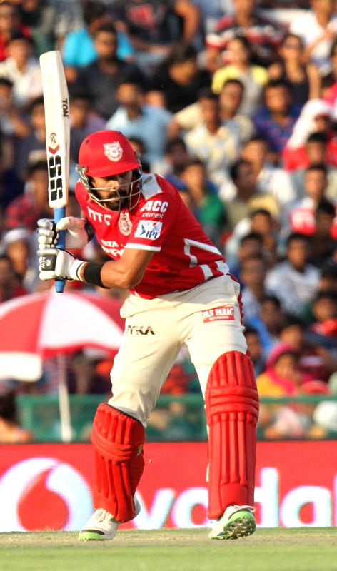 Kings XI Punjab batsman Murali Vijay in action during an IPL-2015 match between Mumbai Indians and Kings XI Punjab at the Punjab Cricket Association Stadium, in Mohali on May 3, 2015. - Murali Vijay