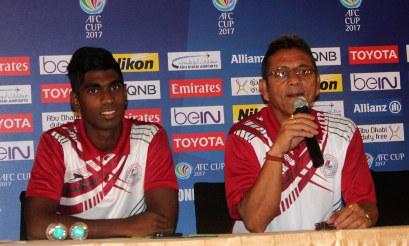 Mohun Bagan coach Sanjoy Sen (R) and Raynier Fernandes during a press conference regarding AFC Cup in Kolkata on May 16, 2017. - Raynier Fernandes
