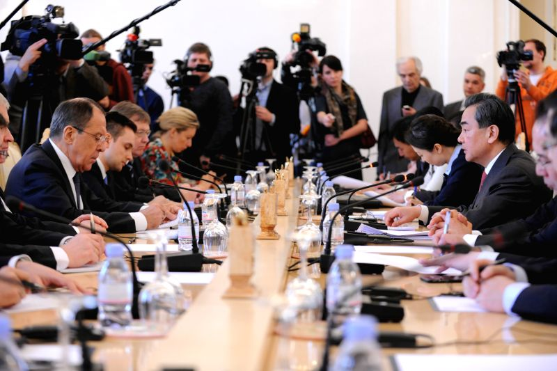 Visiting Chinese Foreign Minister Wang Yi holds talks with his Russian counterpart Sergey Lavrov in Moscow, Russia, on April 7, 2015.   (Xinhua/Dai Tianfang)