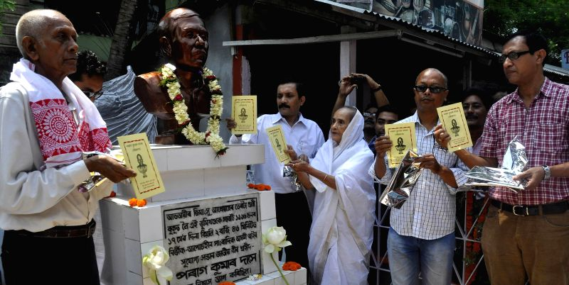 Mother of journalist Parag Das who was killed by armed miscreants 17th May 1996, inaugurates his statute on his 19th death anniversary at Rajgarh in Guwahati on May 17, 2014.