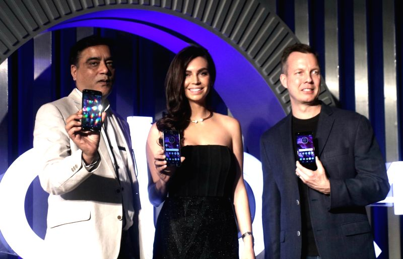 Motorola launches Moto X4 - Sarah Todd