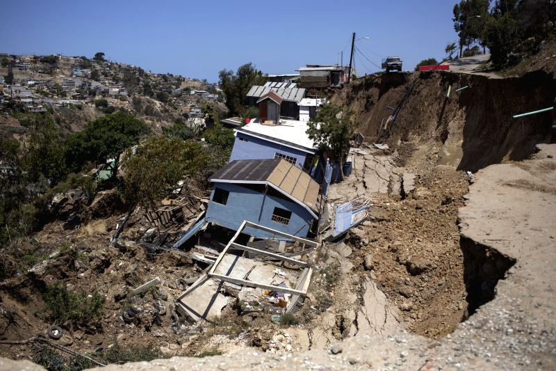 Mudslide in Mexico leaves at least 7 dead. (Xinhua/Guillermo Arias/IANS)