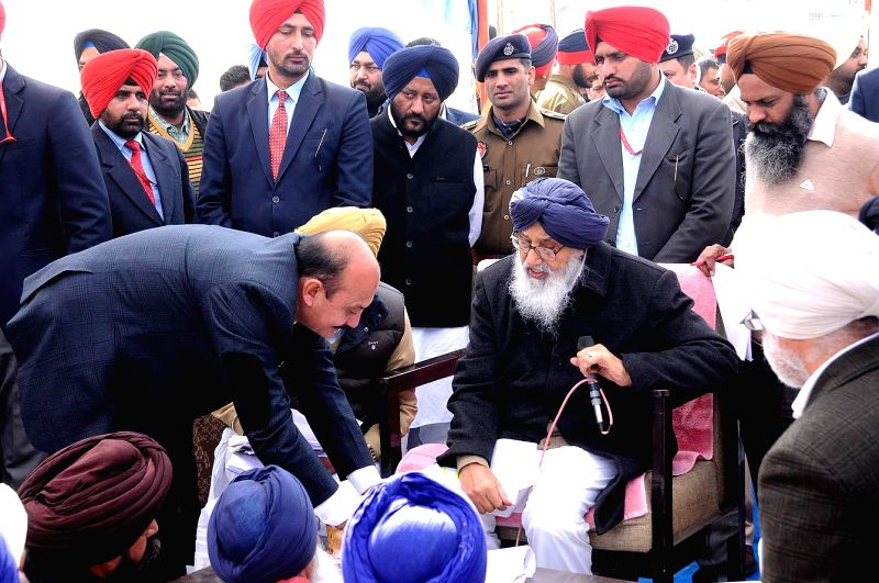 Punjab Chief Minister Parkash Singh Badal interacts with public during a programme at Lambi in Muktsar, Punjab on Jan 19, 2015. - Parkash Singh Badal