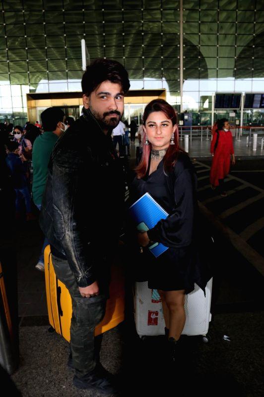 Mumbai: Aarya Babbar  seen at Airport on Saturday, 30 January 2021.(Photo:IANS/Sanjay Tiwari)