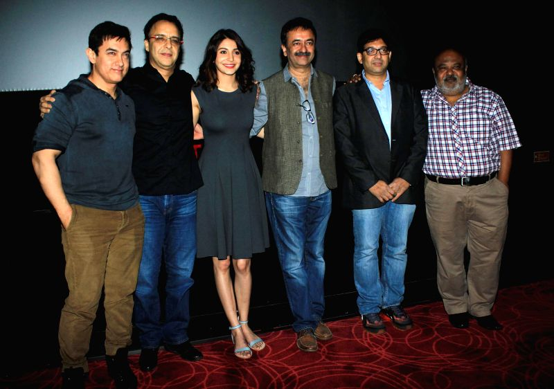 Actor Aamir Khan, filmmaker Vidhu Vinod Chopra, actor Anushka Sharma, filmmaker Rajkumar Hirani, screenwriter Abhijat Joshi and actor Saurabh Shukla during special screening of film PK ... - Aamir Khan, Vidhu Vinod Chopra, Anushka Sharma and Abhijat Joshi