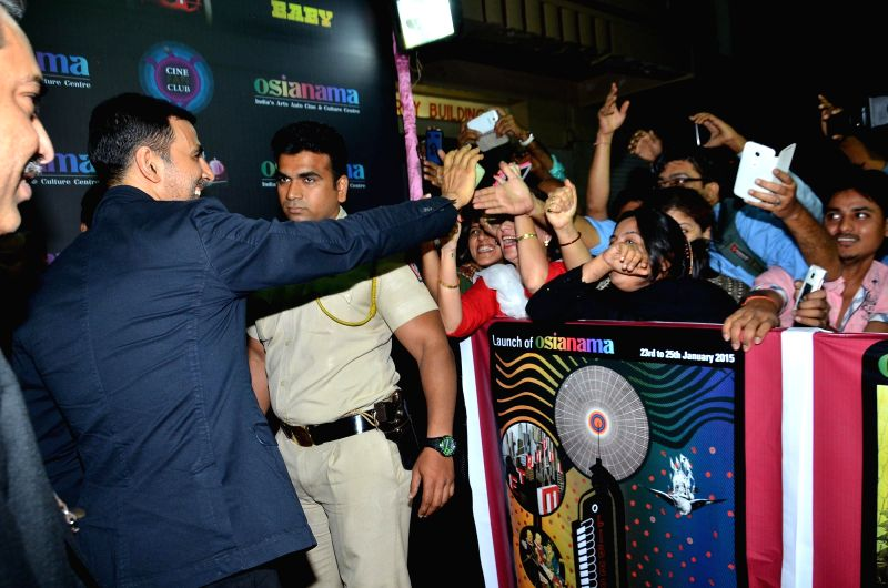 Actor Akshay Kumar during the premiere of film Baby in Mumbai, on Jan 23, 2015. - Akshay Kumar