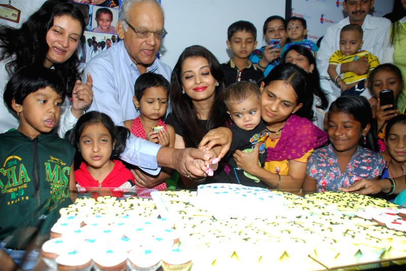Actor and Smile Train goodwill ambassador Aishwarya Rai Bachchan and her father Krishnaraj Rai during the celebration 20th anniversary of her Miss World Title win and father Krishnaraj Rai's . - Krishnaraj Rai