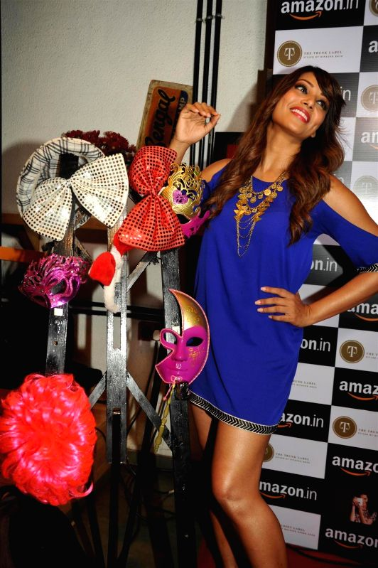 Actor Bipasha Basu during the announcement of partnership between Amazon.in and The Label Corp in Mumbai, on Nov 19, 2014. - Bipasha Basu