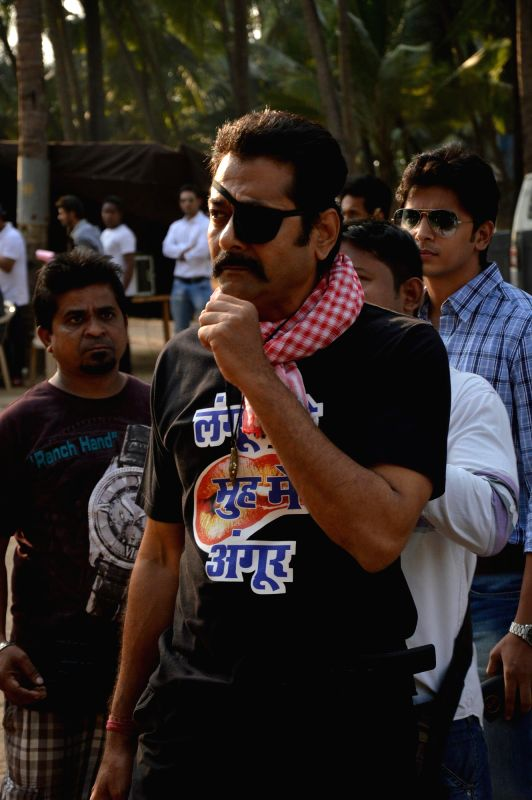 Actor Deepraj Rana  during the on location shoots of film Gun Pe Done in Mumbai, on Dec 8, 2014. - Deepraj Rana