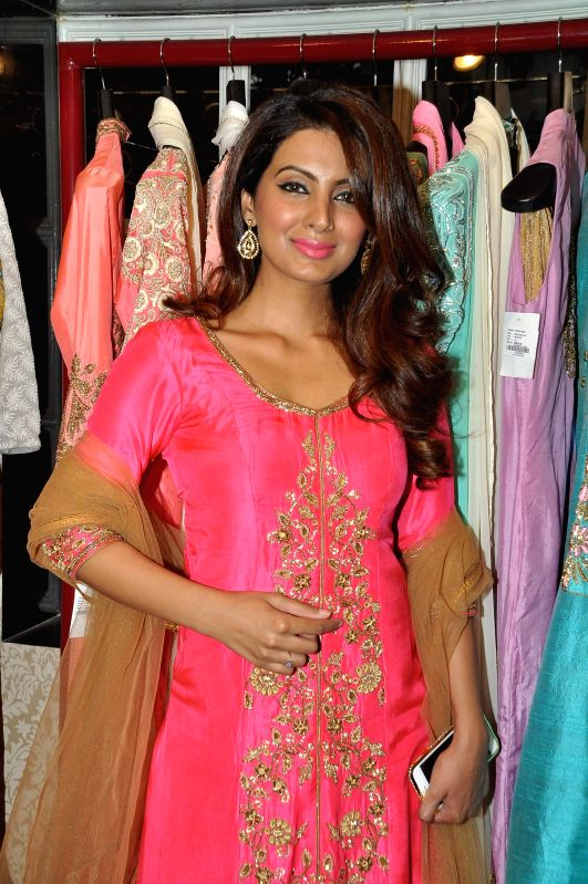 Actor Geeta Basra during the fashion preview at DVAR, in Mumbai on January 31, 2015. - Geeta Basra