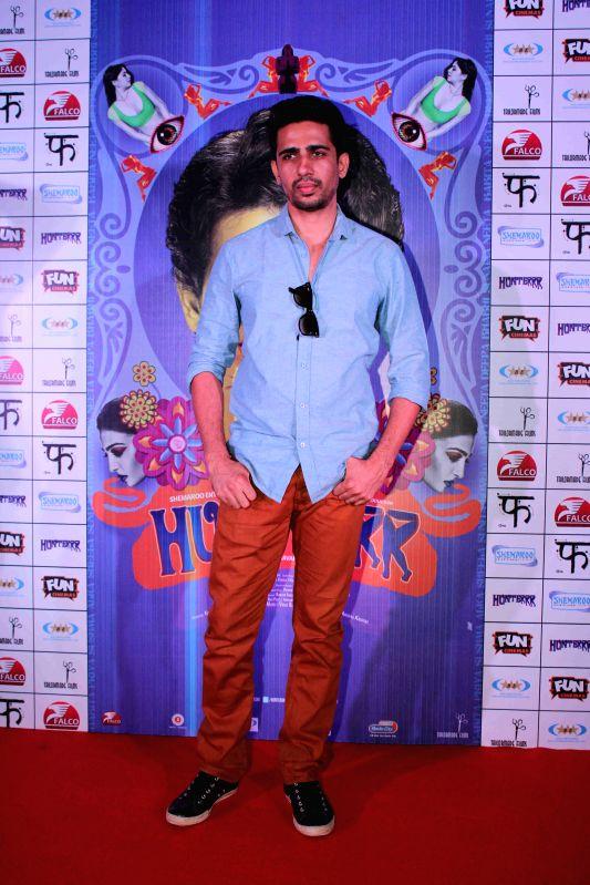 Actor Gulshan Devaiya during the press conference of film Hunterrr in Mumbai, on March 26, 2015 - Gulshan Devaiya