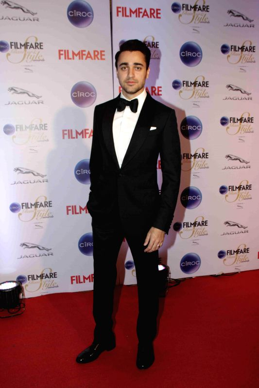 Actor Imran Khan during the Filmfare Glamour and Style Awards in Mumbai on Feb 26, 2015. - Imran Khan