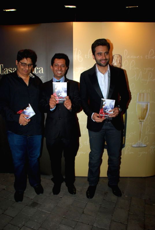 Actor Jackky Bhagnani, Journalist Rohit Khilnani and Film Producer Vashu Bhagnani during the launch Rohit Khilananis book I Hate Bollywood in Mumbai, on Jan. 22, 2015. - Jackky Bhagnani and Rohit Khilnani