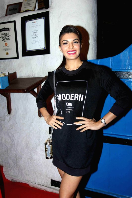 Actor Jacqueline Fernandez during the launch of Fashion photographer Dabboo Ratnani's 2015 calendar in Mumbai, on 5th Jan 2015 - Jacqueline Fernandez