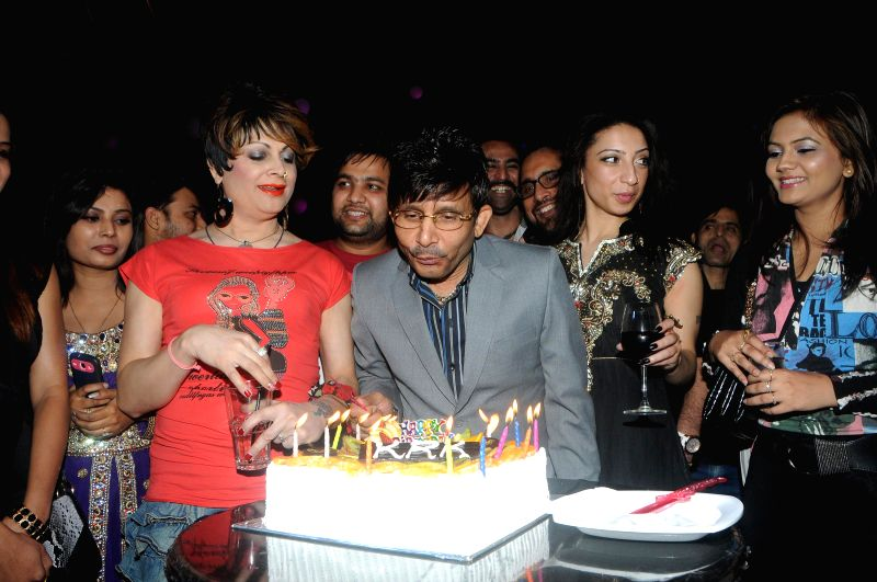 Actor Kamal Khan celebrates his birthday in Mumbai, on jan. 08, 2015.