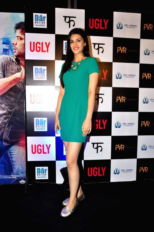 Actor Kriti Sanon during the premiere of film Ugly in Mumbai on 23, Dec. 2014. - Kriti Sanon
