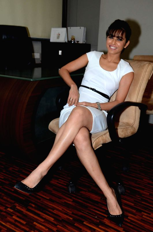 Actor Madhurima Tulli at Healthy Smile Healthy You Campaign Launch By Dentzz Dental Care in Mumbai on March 9, 2015.