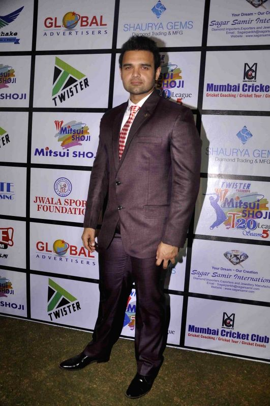 Actor Mahaakshay Chakraborty during the Mitsui Shoji T20 Cricket League 2015 organised by Sagar Samir International and Shaurya Jems in Mumbai, on April 27, 2015. - Mahaakshay Chakraborty