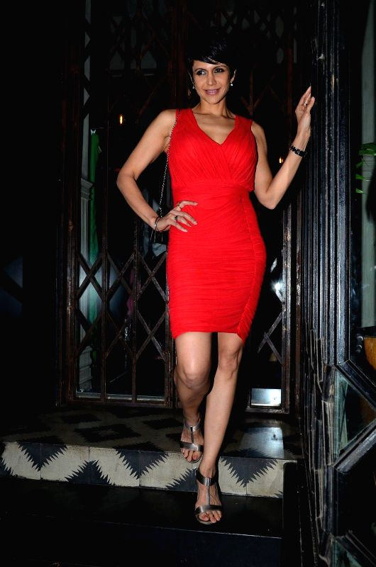 Actor Mandira Bedi during the launch of Zulekha`s collection in Mumbai, on Dec. 15, 2014. - Mandira Bedi