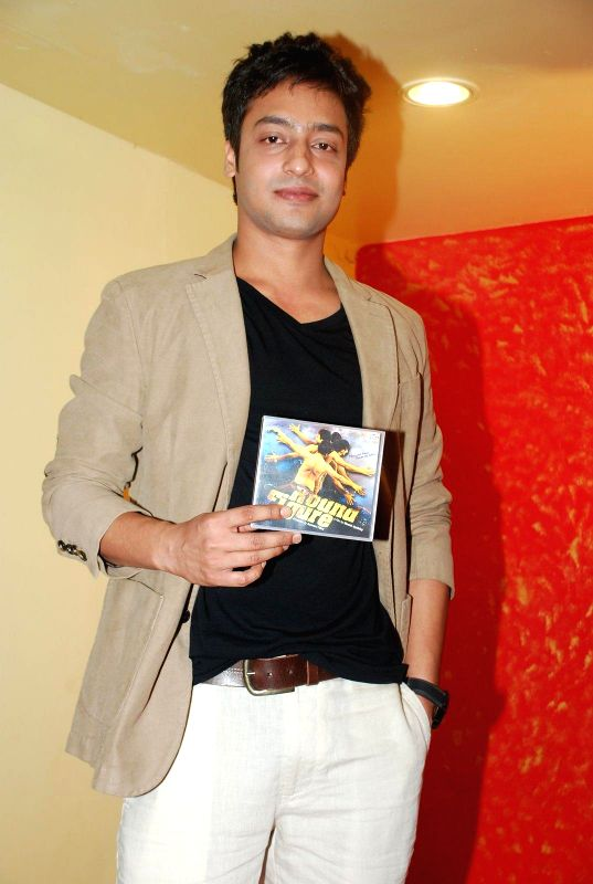 Actor  Nishant Singh during the music launch of film Round Figure  in Mumbai on Dec 26, 2014. - Nishant Singh
