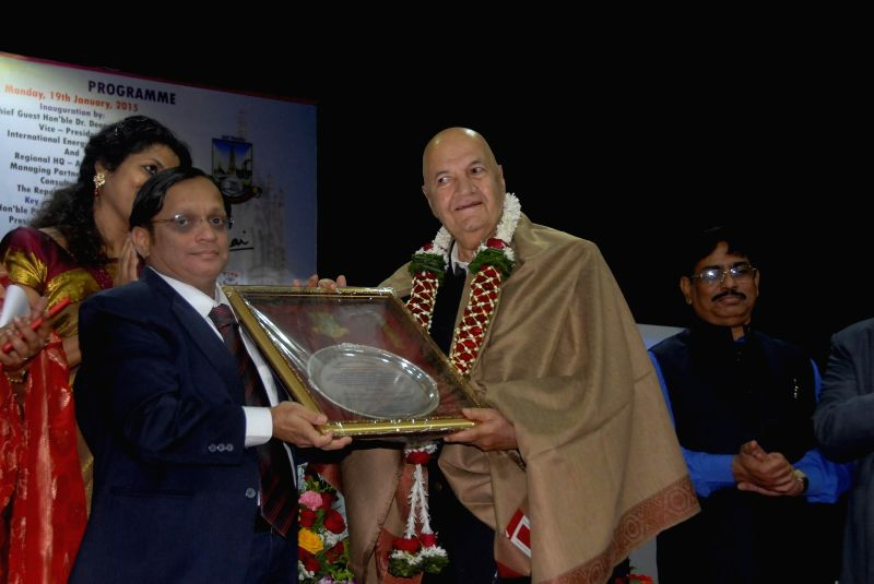 Actor Prem Chopra during a Mumbai University felicitation program in Mumbai. - Prem Chopra