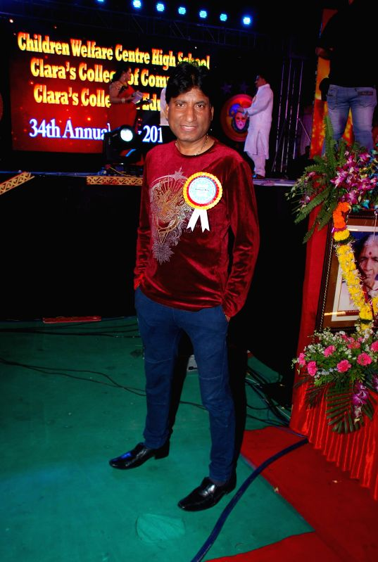 Actor Raju Srivastav during the 34th annual day celebration of Children`s Welfare Centre High School in Mumbai, on Feb 14, 2015. - Raju Srivastav