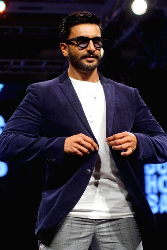 :Mumbai: Actor Ranveer Singh walks the ramp for fashion brand Vero Moda at AW'18 collection in Mumbai on Aug 8, 2018. (Photo: IANS).