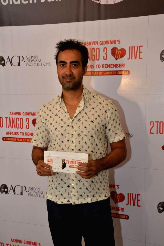 Actor Ranvir Shorey during Ashvin Gidwani`s play Two to Tango Three to Jive, in Mumbai on April 4, 2015. - Ranvir Shorey