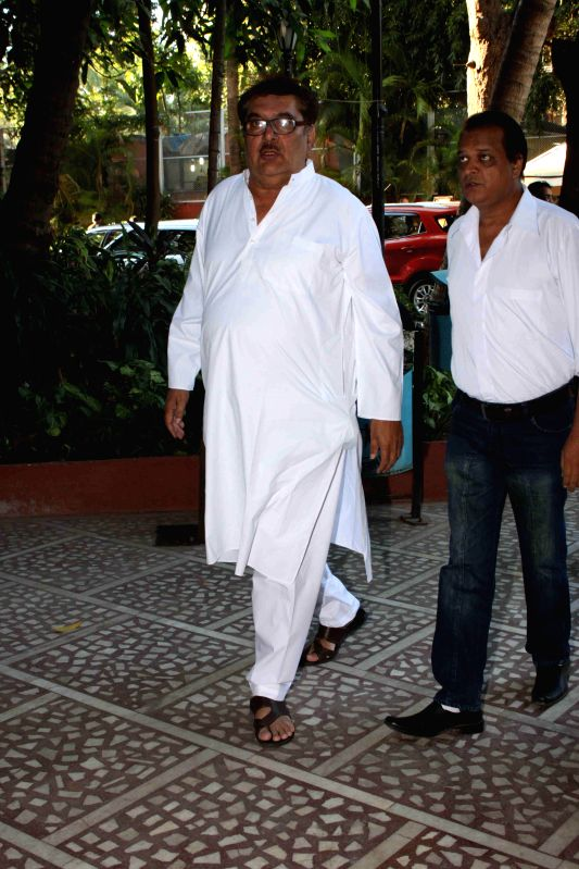 Actor Raza Murad during the condolence meeting of Amit Mehra, son of filmmaker Prakash Mehra, in Mumbai on March 3, 2015. - Raza Murad