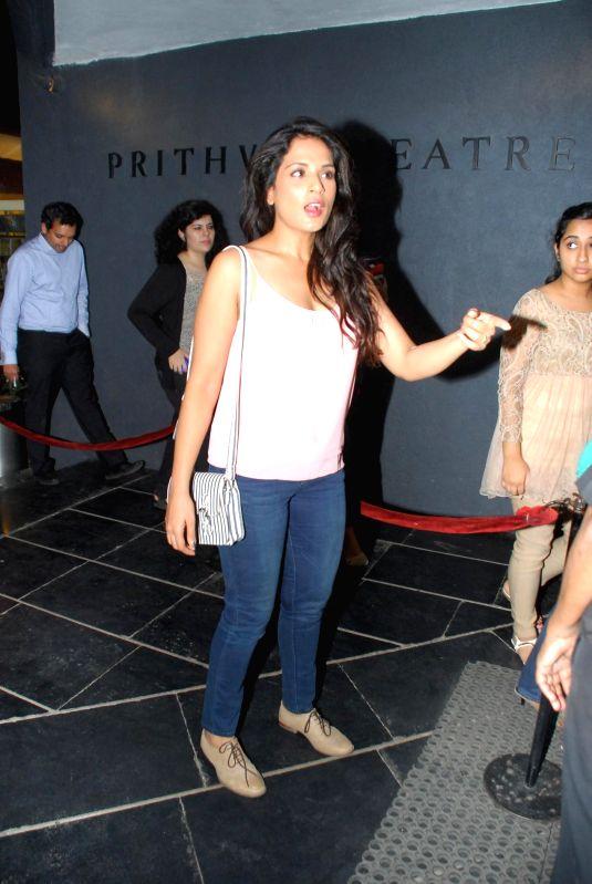 Actor Richa Chadda attend the last play of Ali Fazal, `The Guy Thing` at Prithvi Theater in Mumbai, on December 4, 2014. - Richa Chadda