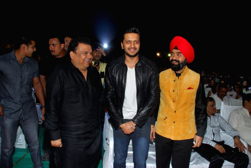 Actor Ritesh Deshmukh during Mulund Festival 2014 in Mumbai on Dec. 28, 2014. - Ritesh Deshmukh