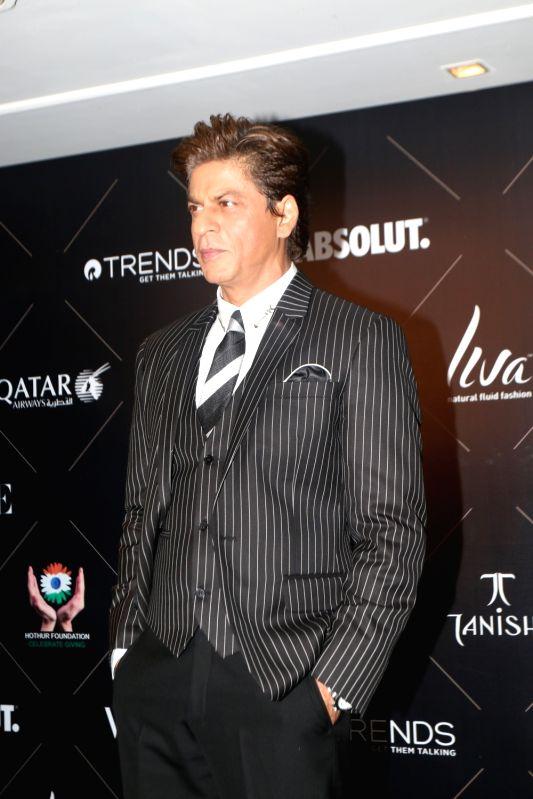 ":Mumbai: Actor Shah Rukh Khan at the red carpet of ""Vogue Beauty Awards"" in Mumbai on July 31, 2018.(Photo: IANS)."