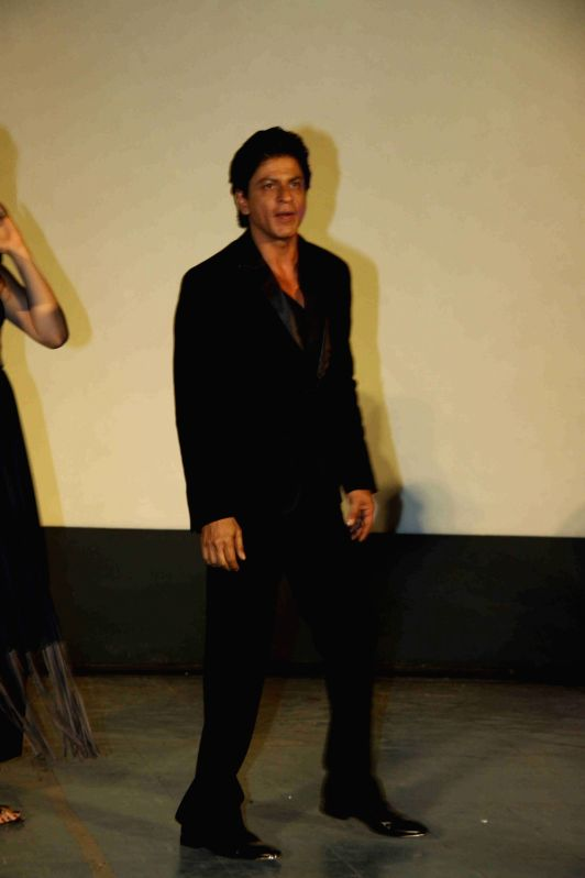 : Mumbai: Actor Shah Rukh Khan during the song launch of film Dilwale in Mumbai on Nov 18, 2015. (Photo: IANS). - Shah Rukh Khan