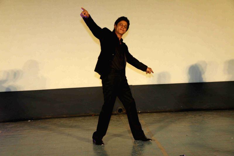 :Mumbai: Actor Shah Rukh Khan during the song launch of film Dilwale in Mumbai on Nov 18, 2015. (Photo: IANS). - Rukh Khan