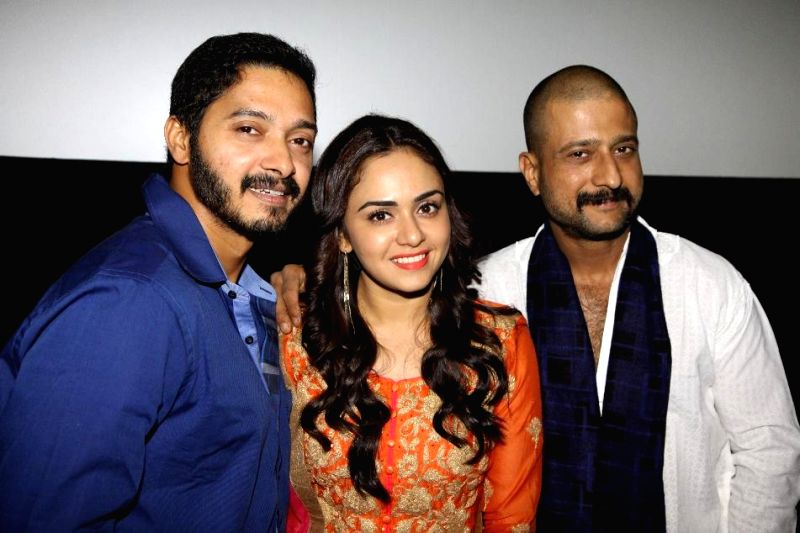 Actor Shreyas Talpade, Amruta Khanvelkar and Jitendra Joshi during the first look and theatrical trailer launch of Shreyas Talpade starrer `Baji` in Mumbai, on Dec 9, 2014. - Jitendra Joshi