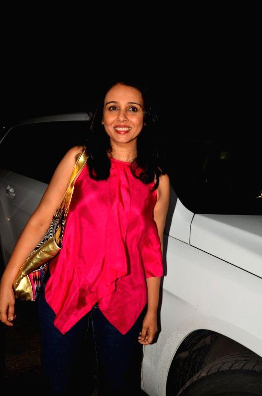 Mumbai: Actor Suchitra Krishnamoorthi arrives to attend the premiere of actor Satish Kaushik play Mr & Mrs Murarilal, in Mumbai, on July 16, 2016.