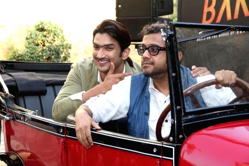Actor Sushant Singh Rajput and filmmaker Dibakar Banerjee during the 2nd trailer launch of film Detective Byomkesh Bakshy! in Mumbai on March 9, 2015. - Sushant Singh Rajput and Dibakar Banerjee