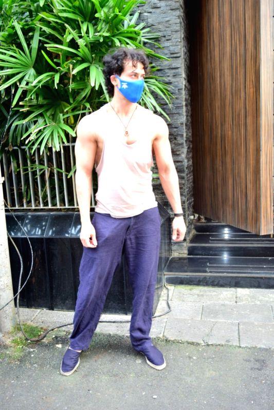 Mumbai: Actor Tiger Shroff seen in Mumbai's Bandra on September 20, 2020.