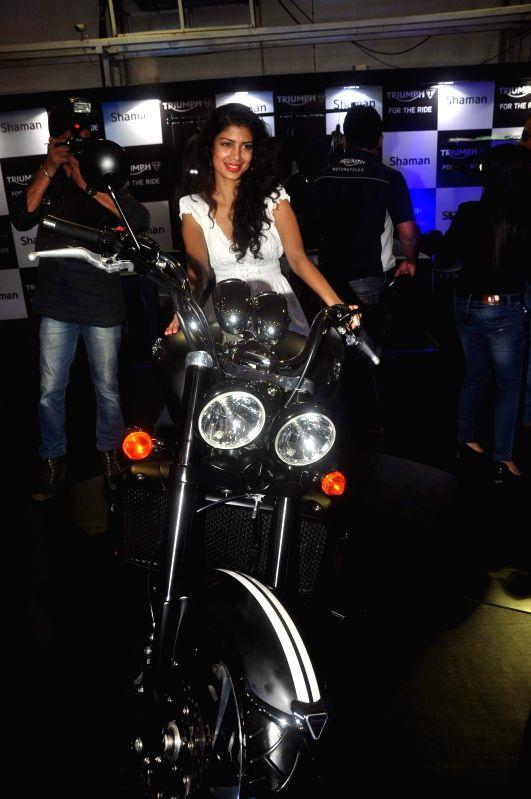 Actor Tina Desai at Autocar show to promote her upcoming film Sharafat Gayi Tel Lene in Mumbai, on December 13, 2014. - Tina Desai