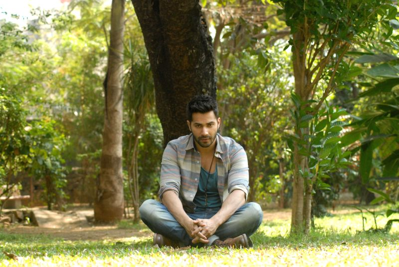 Actor Varun Dhawan on the sets of Savdhaan India in mumbai on Feb. 8, 2015. (Phato: IANS)