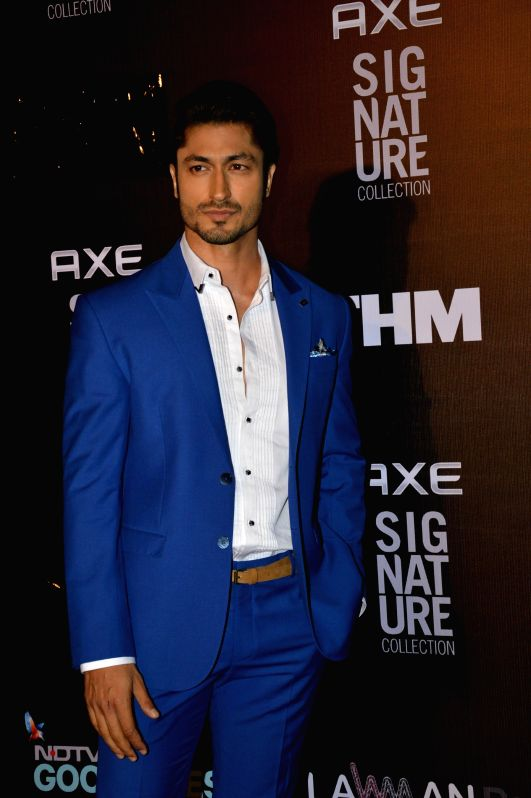 Actor Vidyut Jamwal during the Trailer Bachelor of the Year Awards 2014 in Mumbai, on Dec. 22, 2014. - Vidyut Jamwal