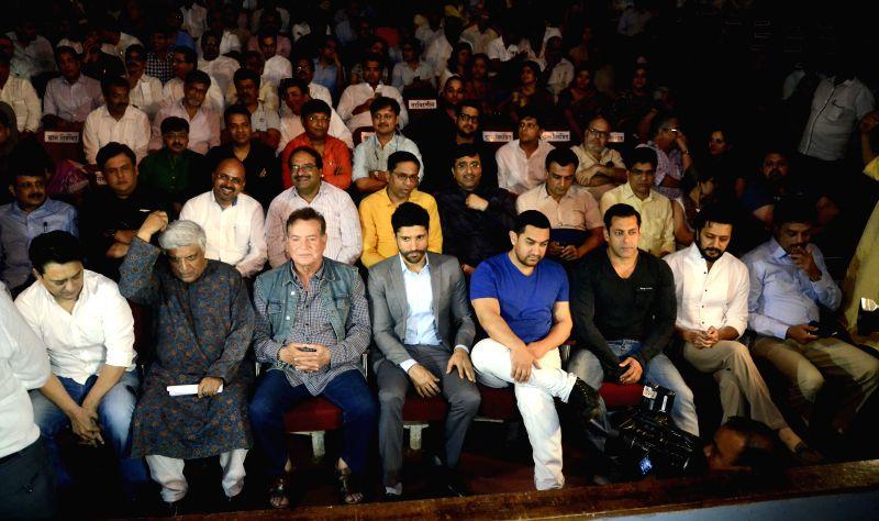Actors Aamir Khan, Salman Khan, Farhan Akhtar, Riteish Deshmukh with screenwriter Salim Khan, lyricist Javed Akhtar and filmmaker Sajid Nadiadwala during a seminar convened by MNS chief Raj ... - Aamir Khan, Salman Khan, Farhan Akhtar and Riteish Deshmukh