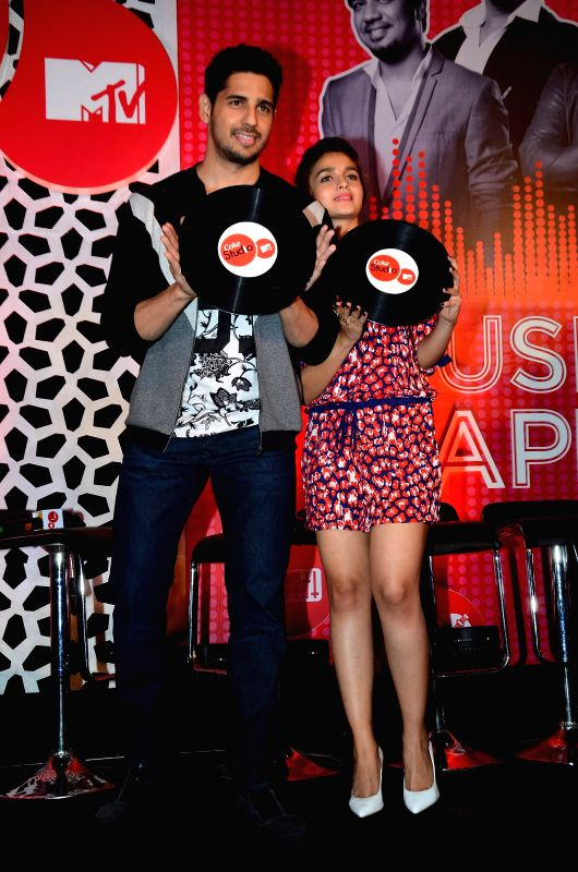 Actors Alia Bhatt and Sidharth Malhotra during the launch of musical show Coke Studio Season 4 by MTV in Mumbai, on Feb 23, 2015. - Alia Bhatt and Sidharth Malhotra
