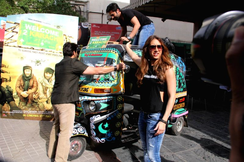 Actors Arshad Warsi, Jackky Bhagnani and actress Lauren Gottlieb during the trailer launch of the film Welcome to Karachi in Mumbai on 13th April 2015. - Lauren Gottlieb, Arshad Warsi and Jackky Bhagnani