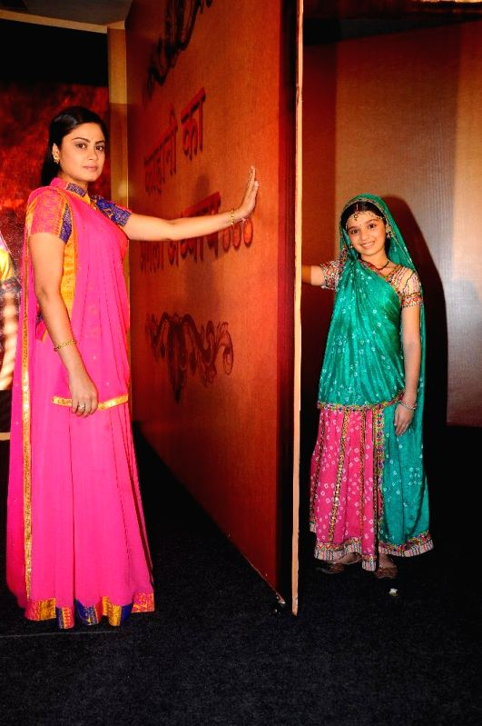 Actors Gracy Goswami and Toral Rasputra during the press conference to announce the 11year leap in Colors TV show Balika Vadhu in Mumbai on March 3, 2015. - Gracy Goswami and Toral Rasputra